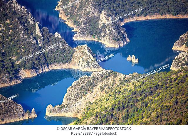 Panta de Canelles (Canelles Reservoir). Comarca de la Noguera, Lleida province, Catalonia, Spain