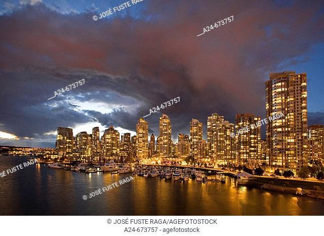 Nov. 2007. Canada. British Columbia. Vancouver City. False Creek and Downtown Vancouver