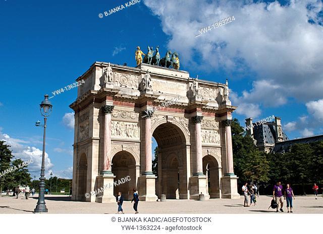 Arc de triomphe du Carrousel, near the Louvre, Paris, France