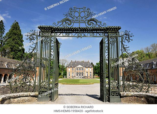 France, Aisne, Leschelle, castle built in the end of XVIe century and become a private property, entrance gate