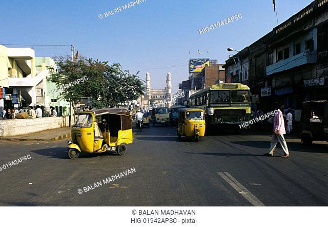 ROAD NEAR CHARMINAR, ANDHRA PRADESH, INDIA