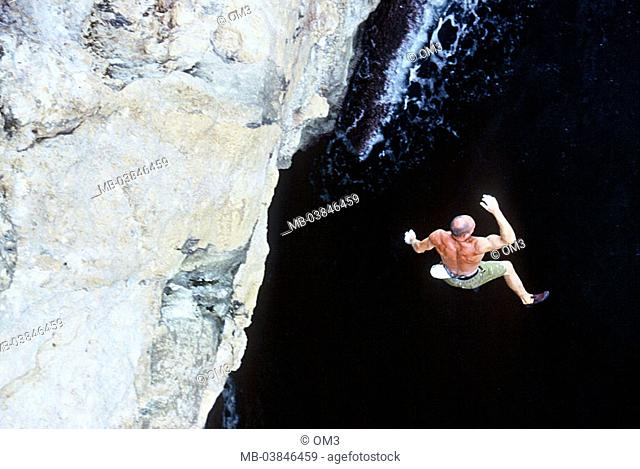 Toni Lamprecht, pro-climbers, personality-rights, Spain, heed Majorca rock-coast climbers jump series, Balearen, island sea, from above, Mediterranean, surf