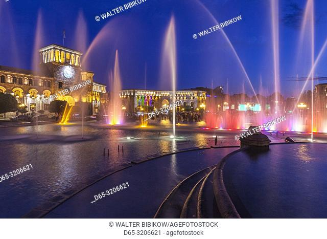 Armenia, Yerevan, Republic Square, dancing fountains, dusk