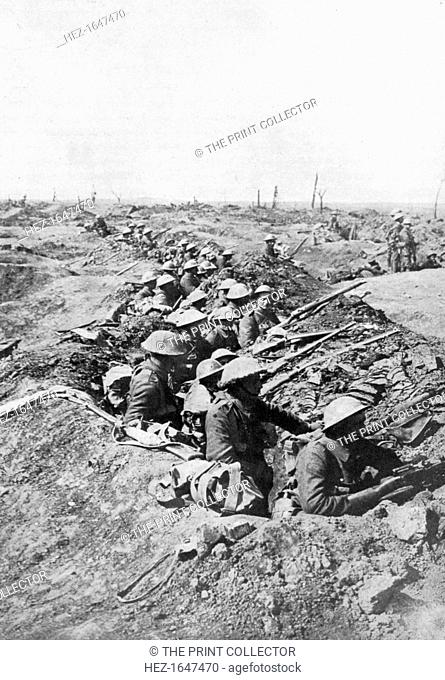 British troops on the Somme Heights, France, First World War, 1914-1918, (c1920). Illustration from The Illustrated War Record of the Most Notable Episodes in...