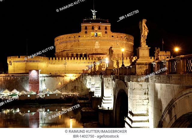 Ponte Sant'Angelo, Bridge of Angels, Castel Sant'Angelo, Castle of Angels, Rome, Lazio, Italy, Europe