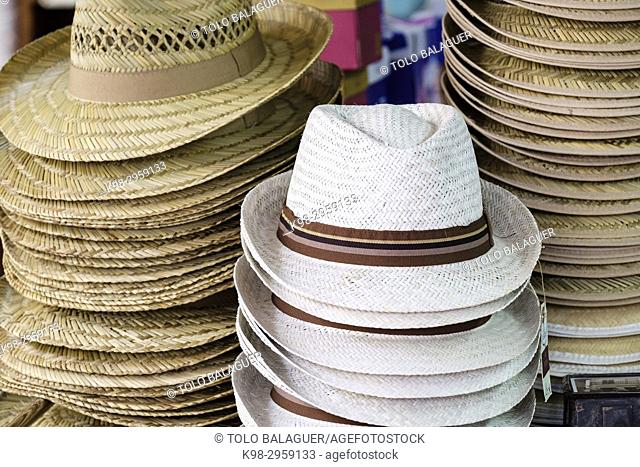 Straw hats, ca'n Garanya, traditional business specialized in wicker and esparto, Manacor, Mallorca, Balearic islands, Spain