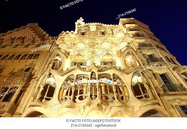Casa Batlló facade, designed by architect Antoni Gaudi in Passeig de Gràcia. Barcelona. Catalonia. Spain