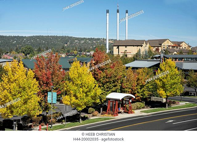 Oregon, Bend, Old Mill in Autumn