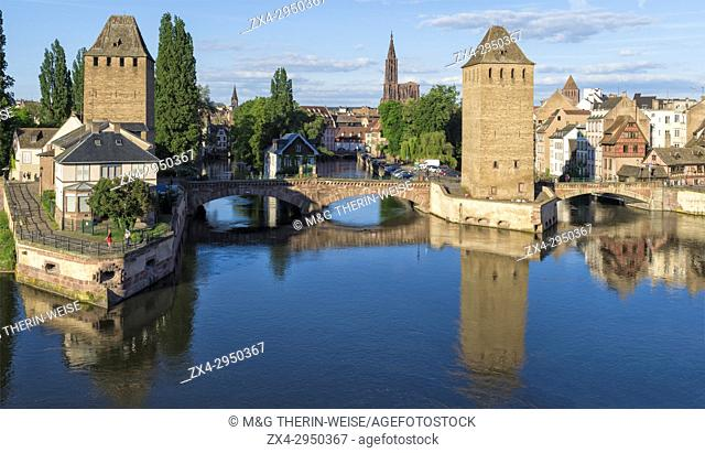 Ponts couverts over ILL Canal, Strasbourg, Alsace, Bas-Rhin Department, France