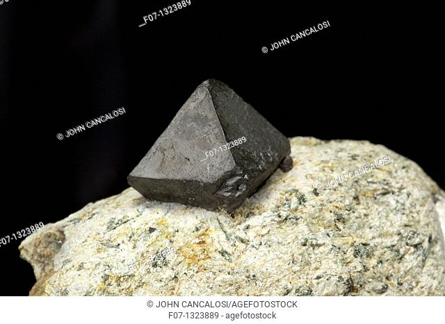 Magnetite - Yinnietharra - Western Australia - an important ore of iron - ferrous and ferric oxide - naturally magnetic