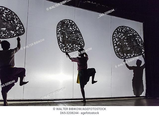Cambodia, Phnom Penh, traditional dance performance, shadow puppets