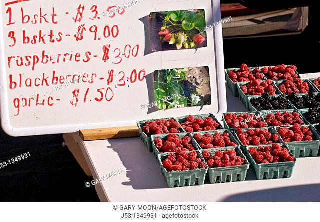 Organic berries at Farmers' Market, Arcata, California