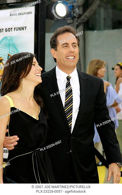 Bee Movie (Premiere) Jerry Seinfeld and wife Jessica 10-28-2007 / Mann Village Theatre / Westwood, CA / Paramount Pictures / Photo by Joe Martinez