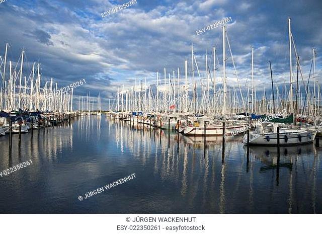 Yachthafen, Heiligenhafen