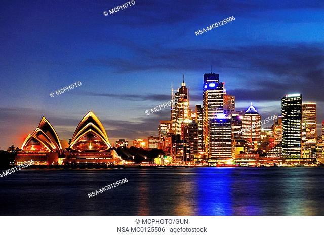 Skyline of Sydney with Sydney Opera 2 during the blue hour, Circular Quay, Sydney Cove, Sydney, New South Wales, Australia, February 2007