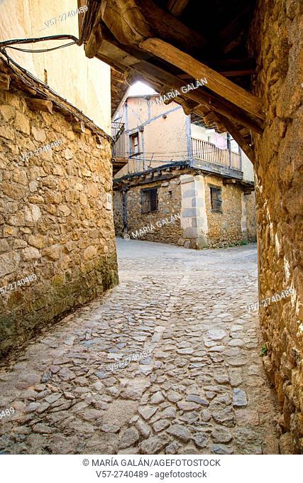 Cobbled street. San Martin del Castañar, Sierra de Francia Nature Reserve, Salamanca province, Castilla Leon, Spain