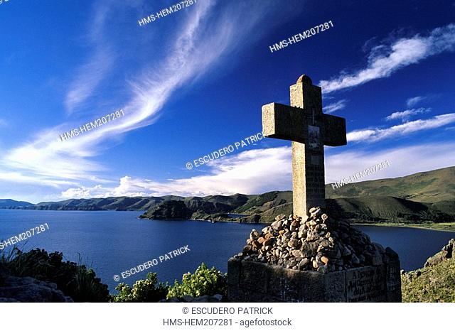 Bolivia, La Paz Department, Lake Titicaca, Copacabana, panorama on the lake from the calvary dedicated to the Virgen de Candelaria