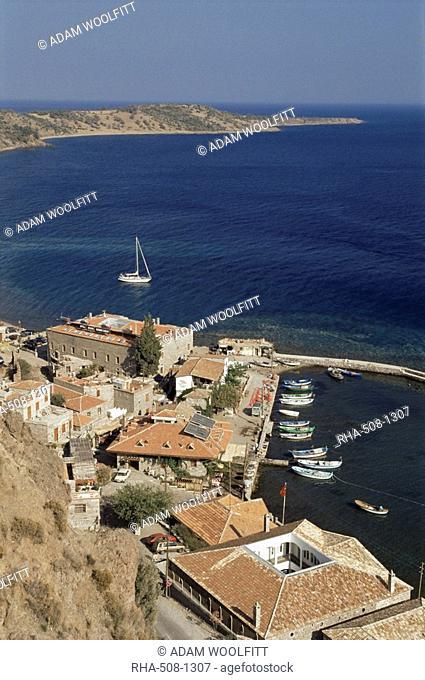 Fishing port on the Gulf of Edremit, Behramakale, Assos, Turkey, Aegean, Eurasia