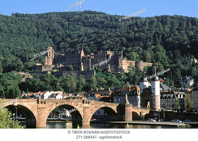 Old bridge and Heidelberg Castle. Heidelberg. Baden-Württenberg. Germany