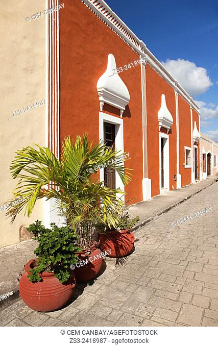 Colorful colonial buildings in a row at town center, Valladolid, Yucatan Province, Mexico, Central America