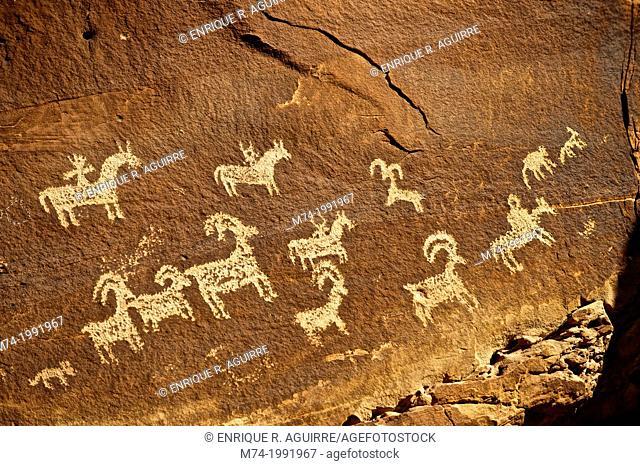 Human and animal figures, petroglyphs near Moab, Utah