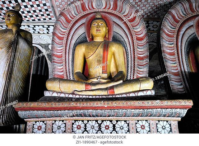 Buddha statues in the famous cave of Dambula, Sri Lanka