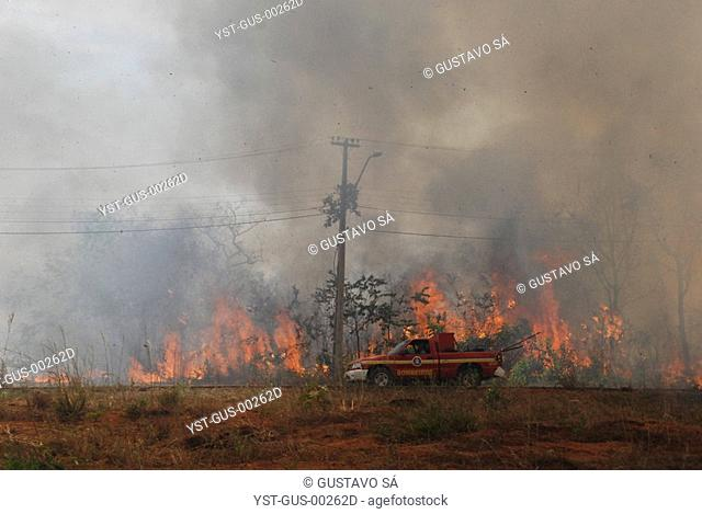 Burning in Threads of High Tension, Palmas, Tocantins, Brazil