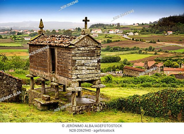 Typical 'horreo', San Martin de Ozon, Way of St James, La Coruña province, Galicia, Spain