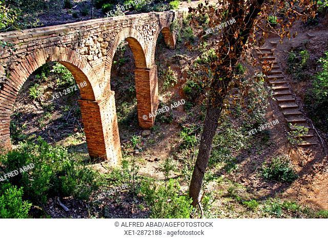 Aqueduct, Can Vilallonga, Les Gavarres, Catalonia, Spain
