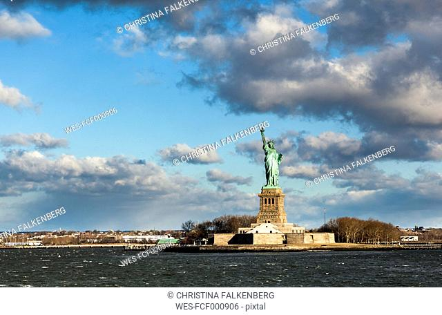 USA, New York City, Manhattan, Liberty Statue