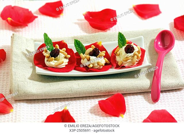 Stuffed rose petals