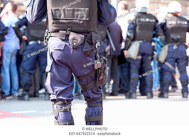 State of emergency. Law enforcement