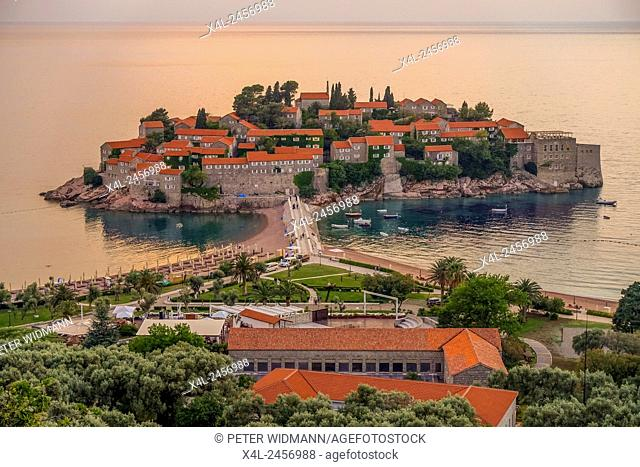 Luxery tourism ressort, peninsula Sveti Stefan, Montenegro, Sveti Stefan