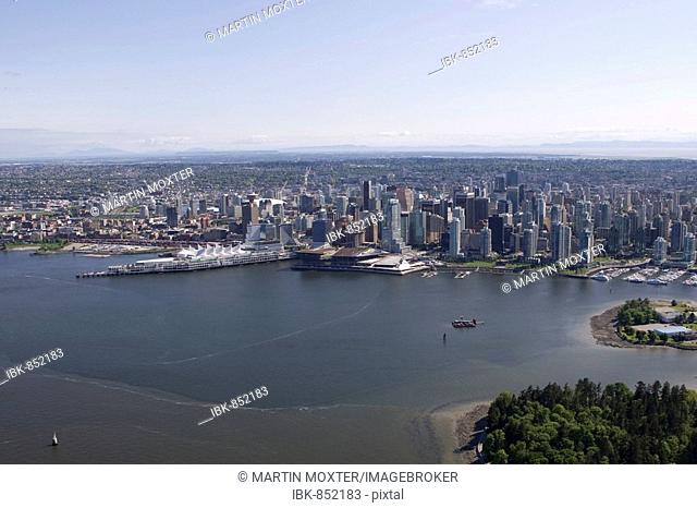 Stanley Park, Coral Harbour and Vancouver skyline, British Columbia, Canada, North America