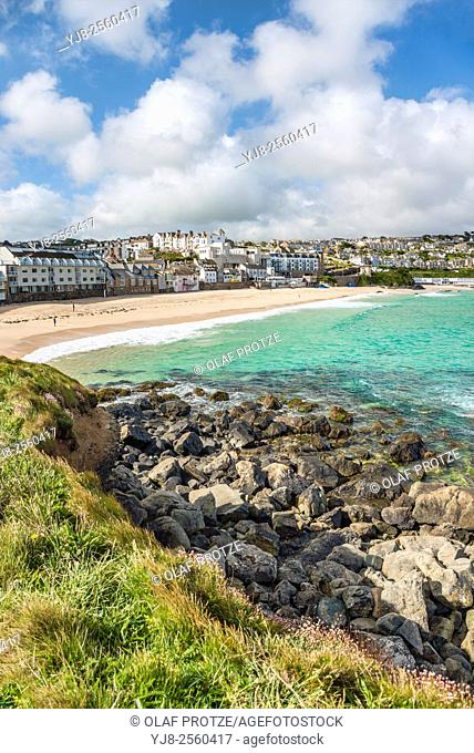 View at Porthmeor Beach seen from the Island Peninsula, St. Ives, Cornwall, England, UK