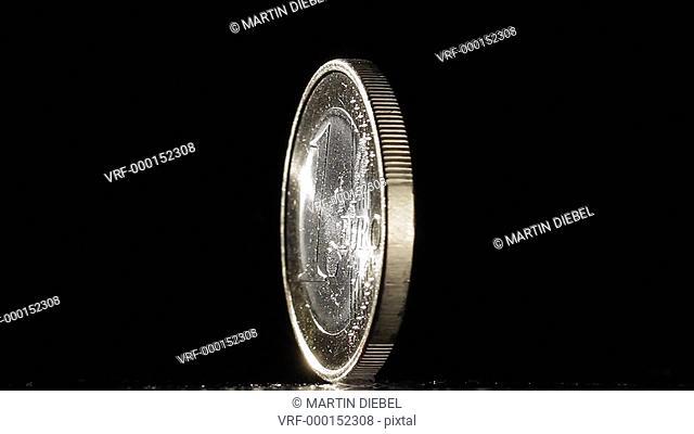 CU, Lockdown, One US dollar Coin slowly rotating around