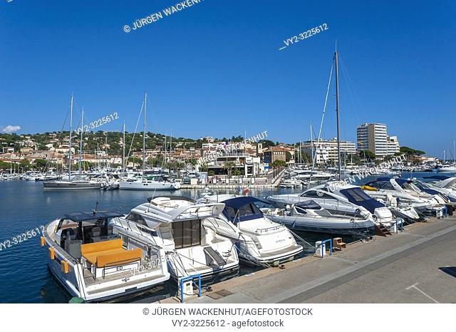 Marina, Sainte-Maxime, Var, Provence-Alpes-Cote d`Azur, France, Europe