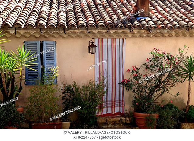 The village of Mougins, Alpes-Maritimes, Provence-Alpes-Côte d'Azur, France