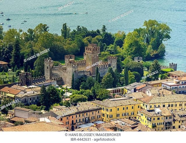 Castello di Lazise on Lake Garda, Lazise, ??Veneto, Italy