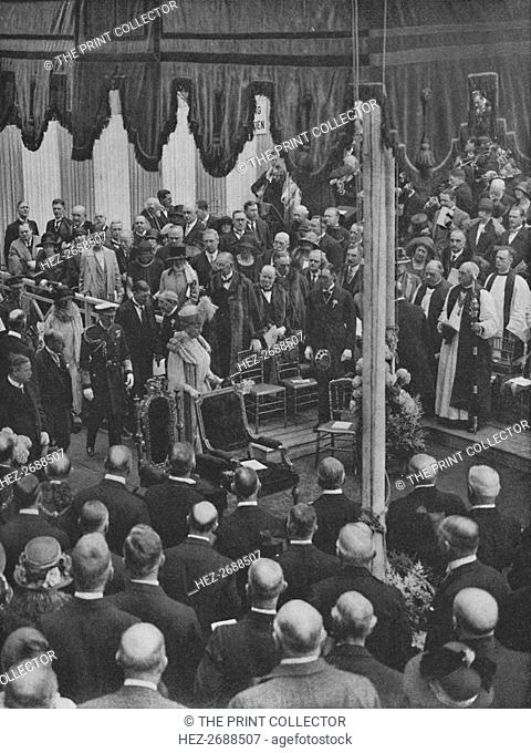 'H.M. The King laying the Foundation Stone of Lloyd's New Building 23 May 1925', (1928). Artist: Unknown