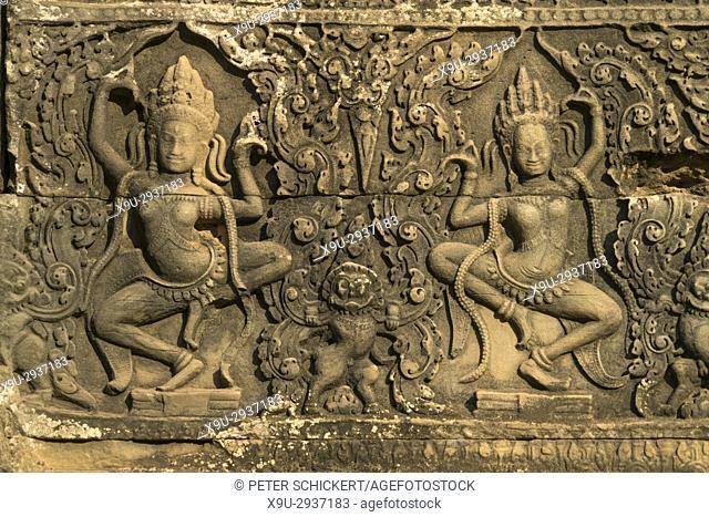 Apsara in der Tempelanlage Bayon, Angkor Thom, Kambodscha, Asien   Apsara at the temple Bayon, Angkor Thom, Cambodia, Asia