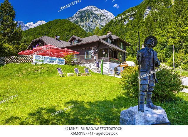 Alps from Kamniska Bistrica. Kamnik. Region de Alta Carniola. Eslovenia, Europa