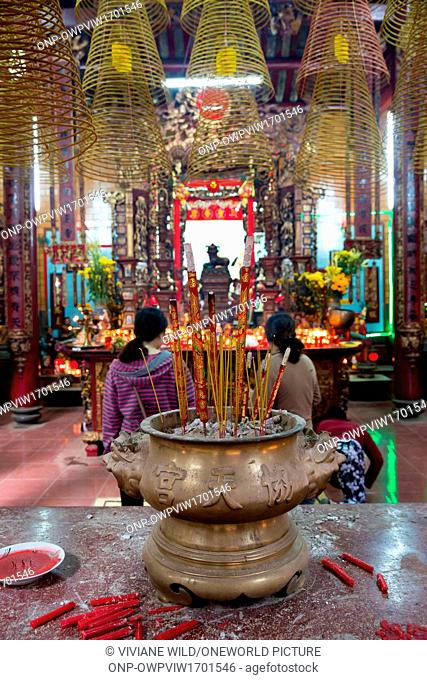 Vietnam, C?n Tho, Can Tho, Ong Temple, Chaa Ông in Can Tho, capital of the Mekong Delta. Tet the New Year's feast in Vietnam
