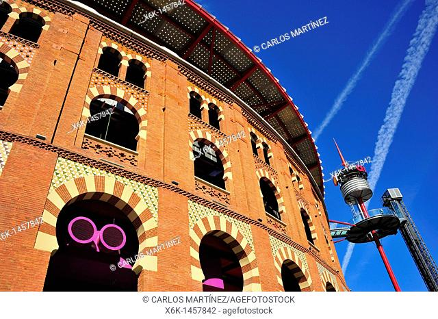 Las Arenas shopping mall (former bullring built in neo-mudejar style by August Font i Carreras), Barcelona, Catalonia, Spain