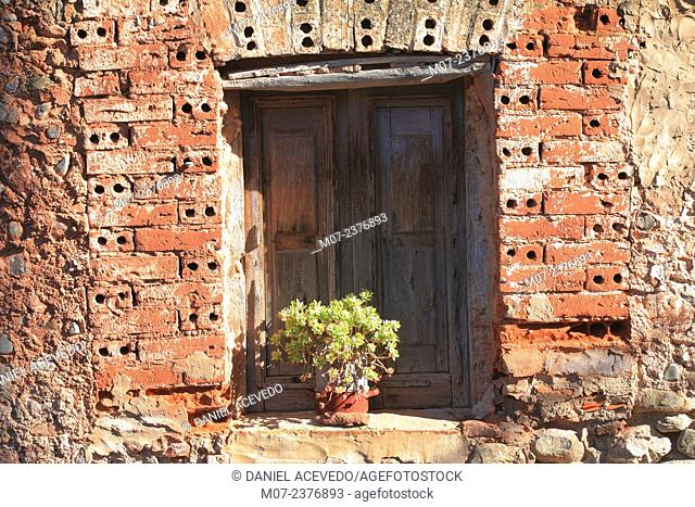 Old window in San Andrés village, Cardenas valley, Rioja wine region, Spain, Europe