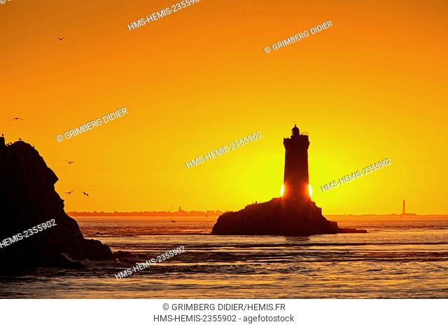France, Finistere, Iroise, Sizun point, Plogoff, Pointe du Raz, Raz de Sein sunset over La Vieille lighthouse, Great National Site