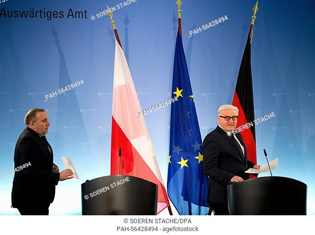 German Foreign Minister Frank-Walter Steinmier (SPD, R) and his Polish counterpart Grzegorz Schetyna (L) give a joint press conference after their talk in...