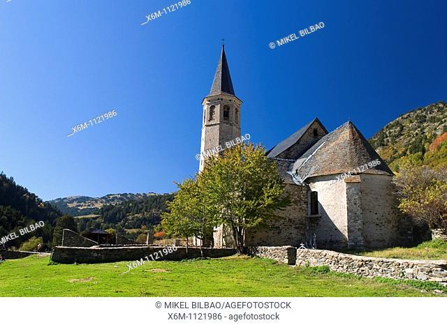 Montgarri Sanctuary  Aran Valley  Pyrenees mountain range  Lerida province  Catalonia, Spain, Europe