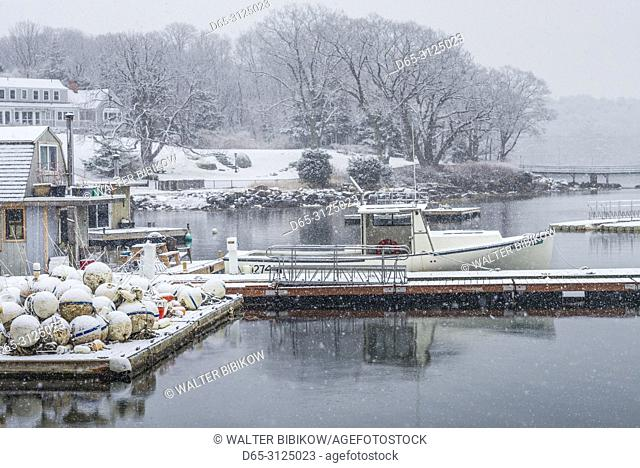 USA, New England, Cape Ann, Massachusetts, Annisquam, Lobster Cove, winter