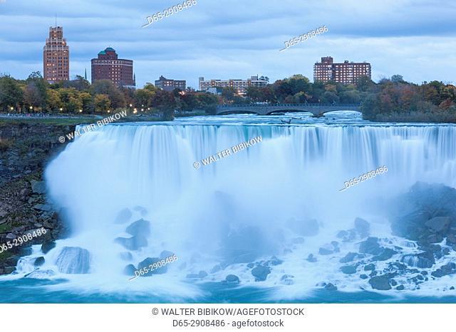 Canada, Ontario, Niagara Falls, Bridal Veil Falls, American Falls, dusk